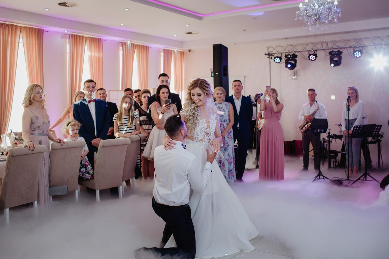 pierwszy taniec Natalii ii Rafała w Białej Perle
