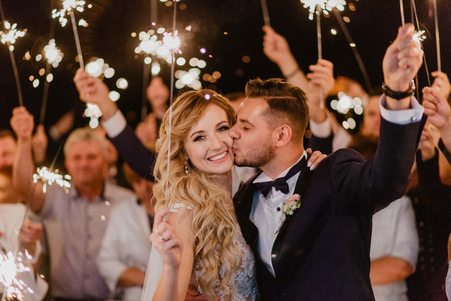 zimne ognie na weselu w Białej Perle, Biała Perła śluby