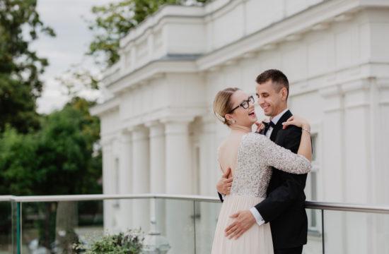 sesja ślubna w Pałacu Romantycznym - wesele Poznań