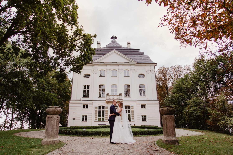 Sesja ślubna w ogrodach Pałacu Ostromecko | Paulina i Piotr