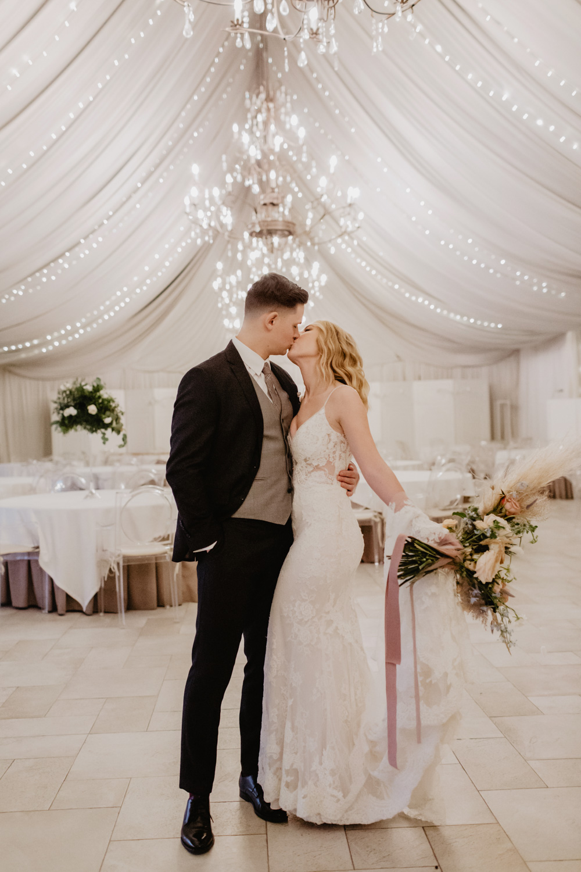 sesja ślubna Miętowe Wzgórza, fotografia ślubna