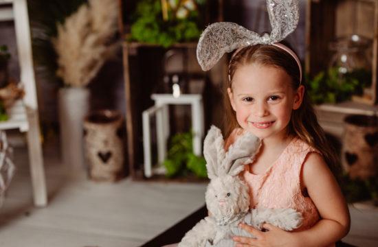 Sesje rodzinne Wielkanocne | Helenka, Marysia i Franio
