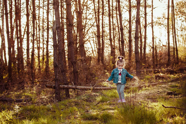 sesja dziecięca w lesie, fotografia rodzinna | Hania i Agata