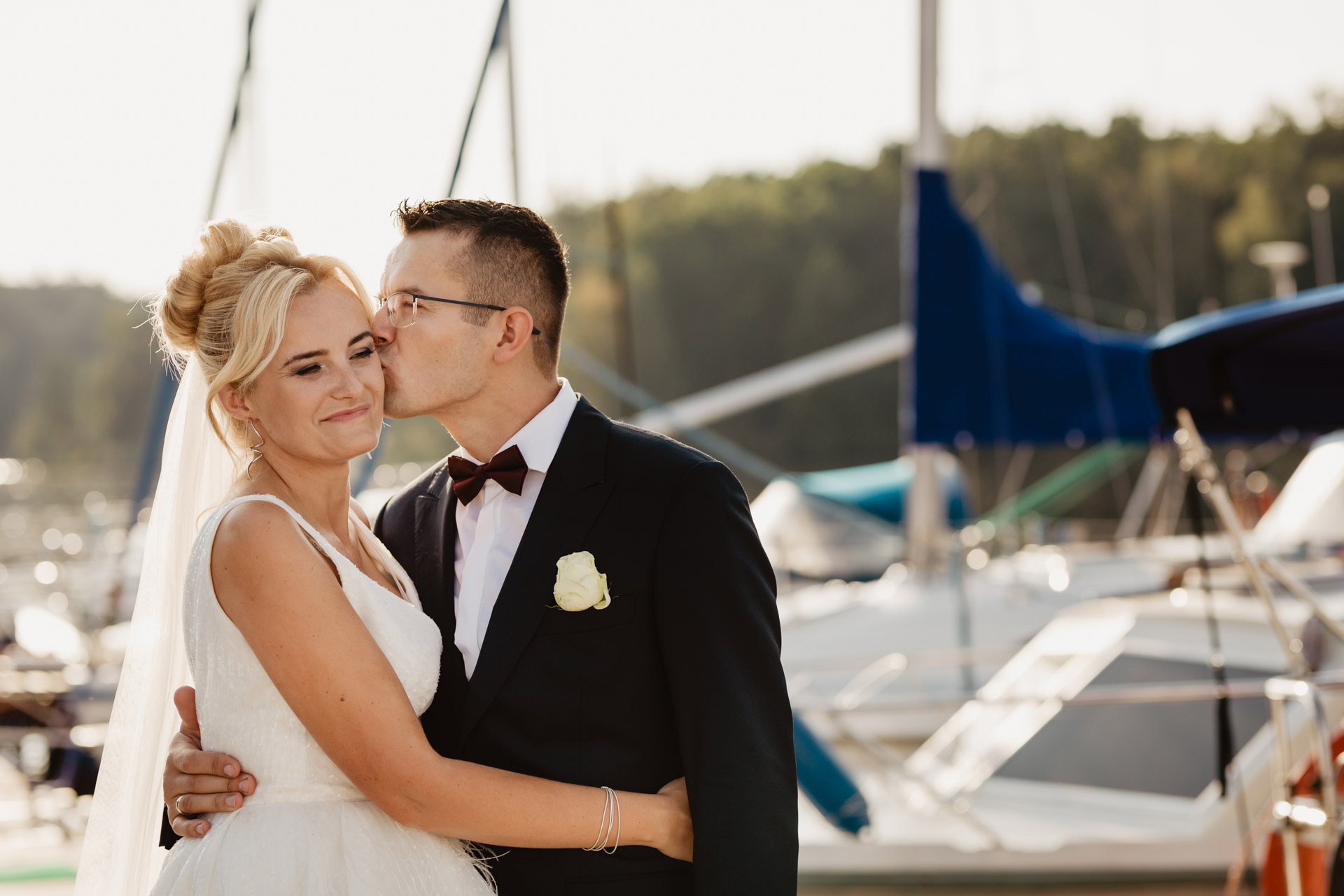 Sesja ślubna na jachcie   Ania i Czarek
