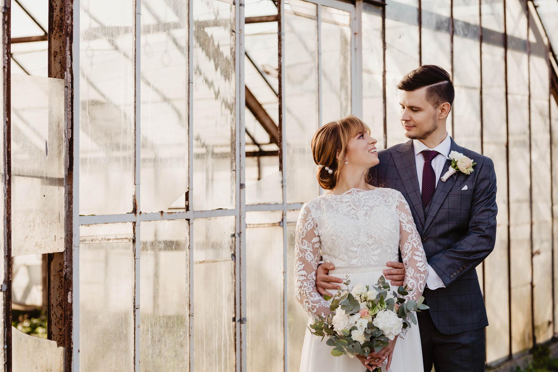 Ślub w czasach pandemii i romantyczna sesja w szklarni | Oliwia i Tomek