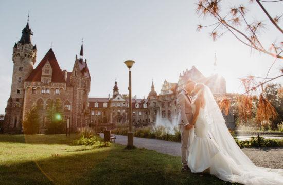 Sesja ślubna Zamek w Mosznej | Paulina i Mateusz